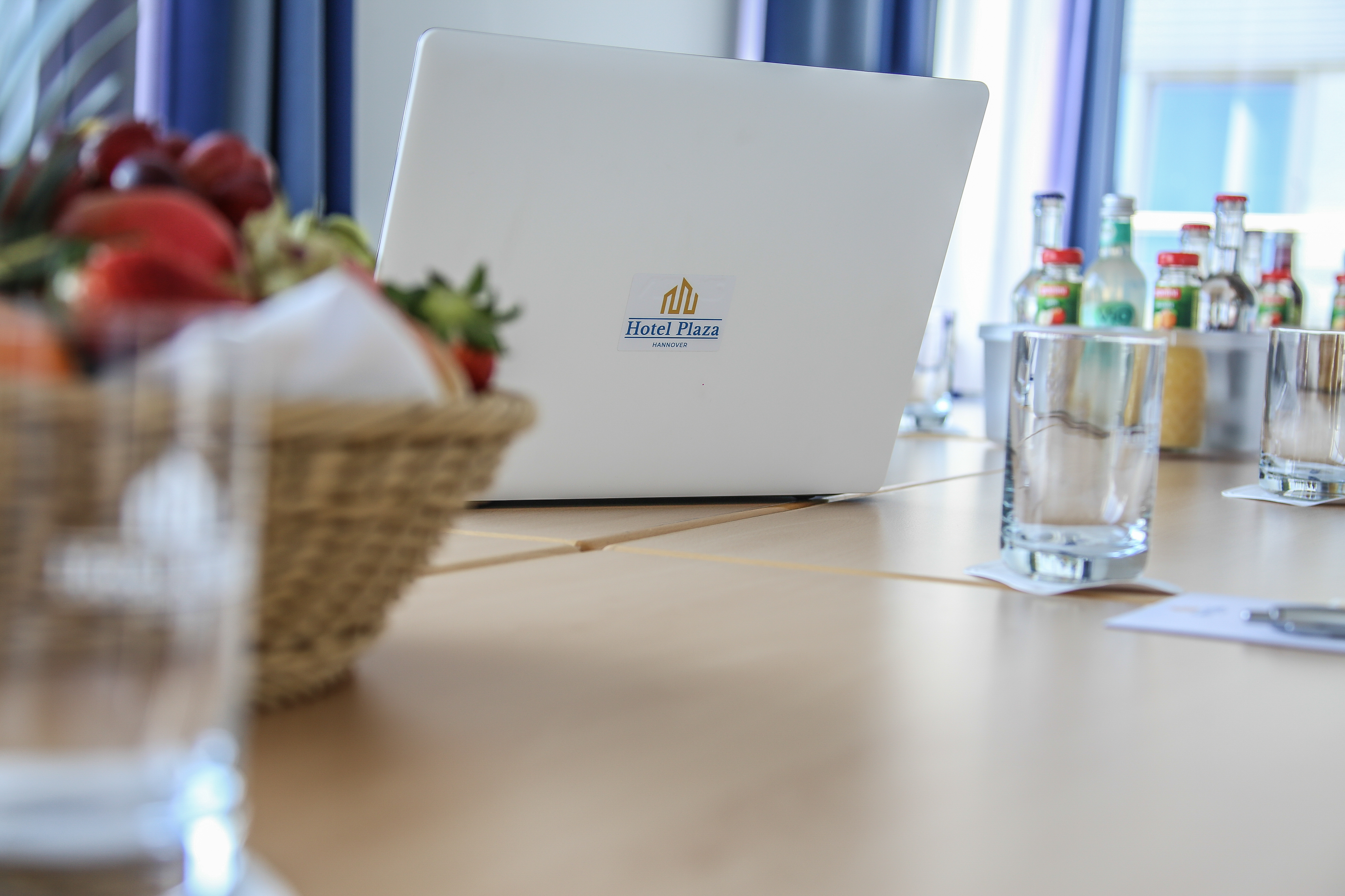 Meeting_Laptop_Hotel_Plaza_Hannover